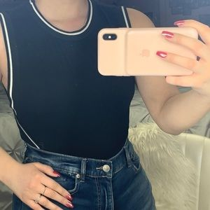 Size SMALL Crop top